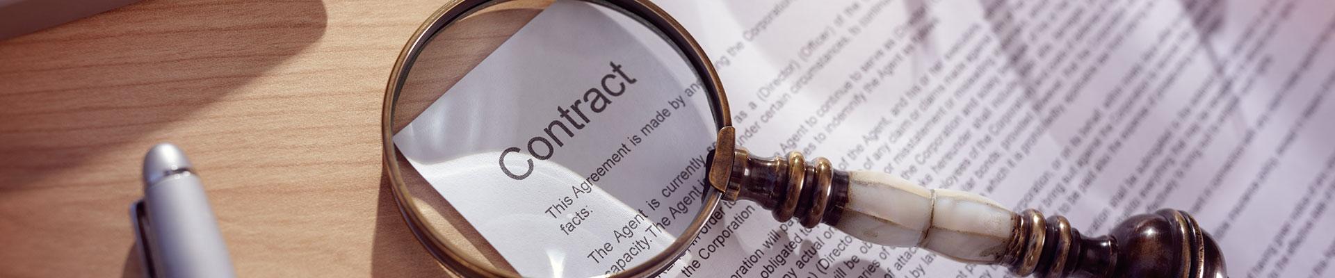 brug masser af tid på at granske kontrakter